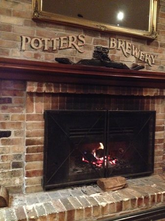 Old Brickworks Brasserie at Potters Hunter Valley: Cosy Open Fire