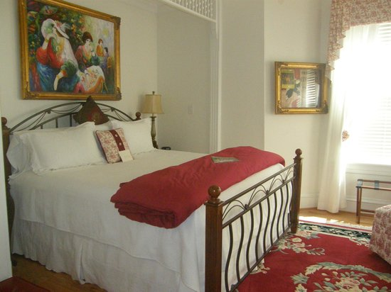 The Manor at Twin Oaks Bed and Breakfast: Southern Nights Suite