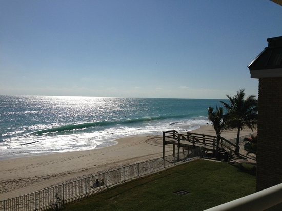 Room View Picture Of Holiday Inn Hotel Suites Vero Beach Oceanside Tripadvisor