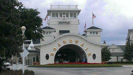 Disney's BoardWalk Inn: Entrance