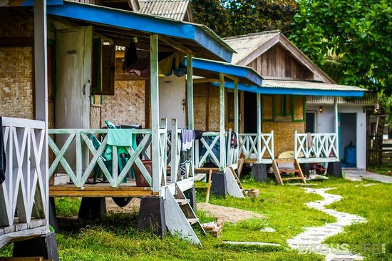 Paradise Surf Camp: Bungalows