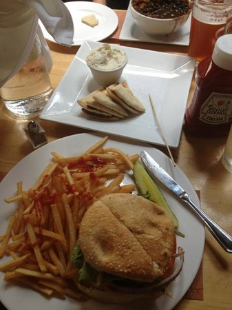 CK14 - The Crooked Knife at 14th Street : Awesome Salmon Burger