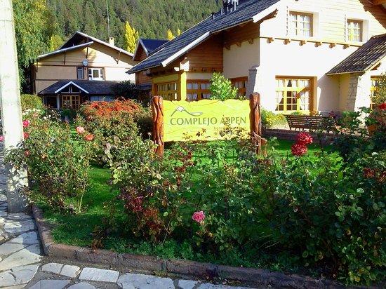 Complejo Aspen: Vista desde la entrada