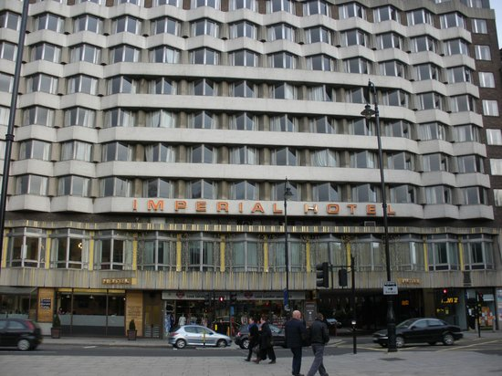 Imperial Hotel: インペリアル ホテル 外観