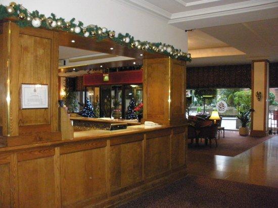 Imperial Hotel: インペリアル ホテル ロビー