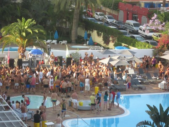 Laleche Pool Party Axel Beach Picture Of Axelbeach