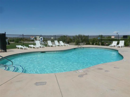 Elephant Butte Inn: Pool