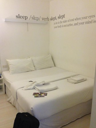 Baan Saladaeng Boutique Guesthouse: White Room