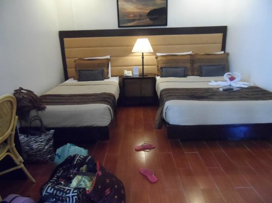 Sur Beach Resort: Triple Room