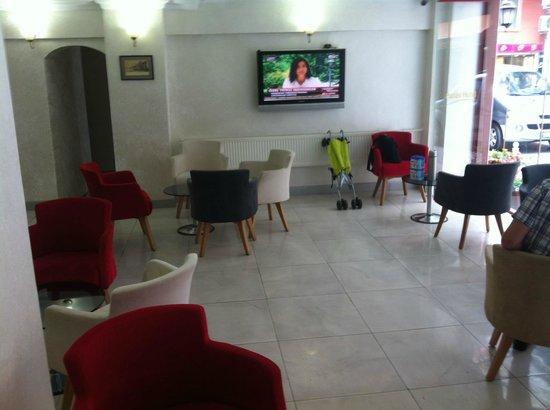 Hatay Hotel: استراحة جميلة جدا مطلة على الشارع