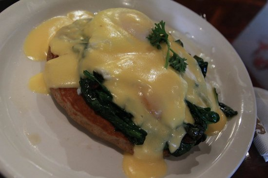 The Pancake Parlour: Eggs florentine on buckwheat pancake!