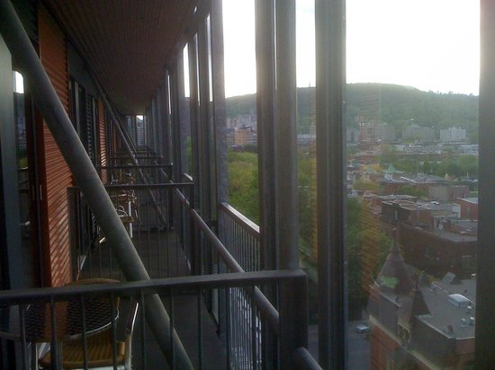 Hotel de l'ITHQ: View of Mont Royal from the balcony