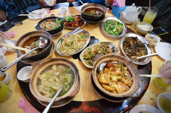 Hakka Zhan Restaurant: Full course of 10 dishes for 147RM.