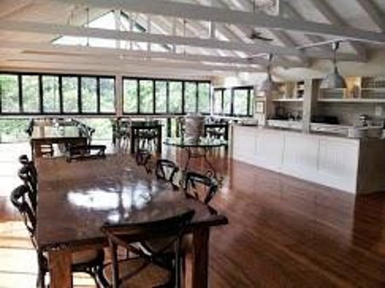 Eden Health Retreat : Dining hall