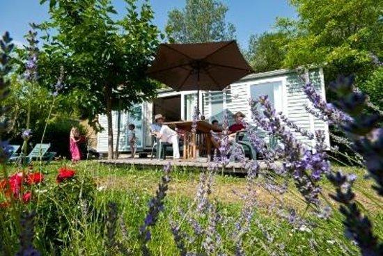 Yelloh! Village Le Couspeau : Mobil Home 3 Becs