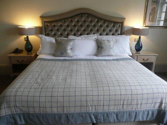 Brockencote Hall Hotel: bedroom