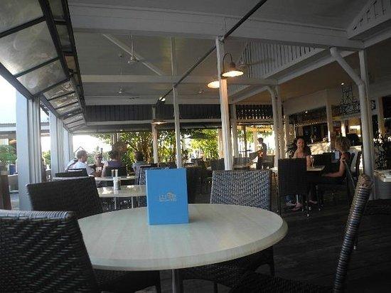 Lure Restaurant & Bar: Seating
