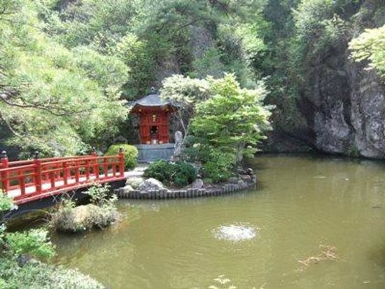 Oya temple: 大谷寺02