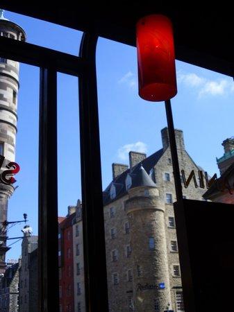 Bella Italia Edinburgh Hanover Street: vista da una finestra