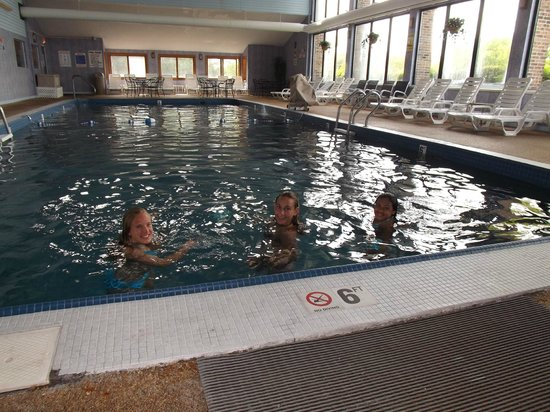 Mariner Motor Lodge: Indoor Pool