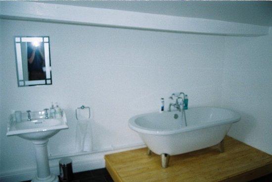 The Griffin Inn, Irnham: Bathroom