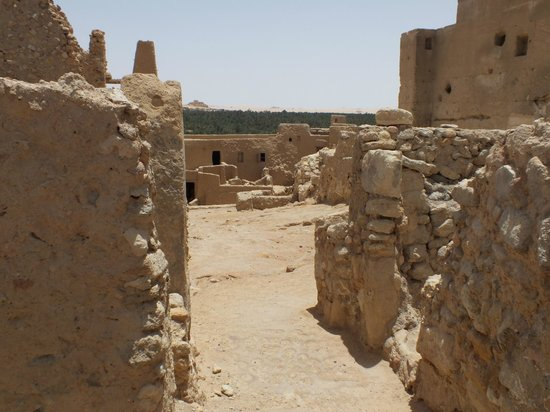Temple of the Oracle of Amun / Aghurmi: il tempio all'interno