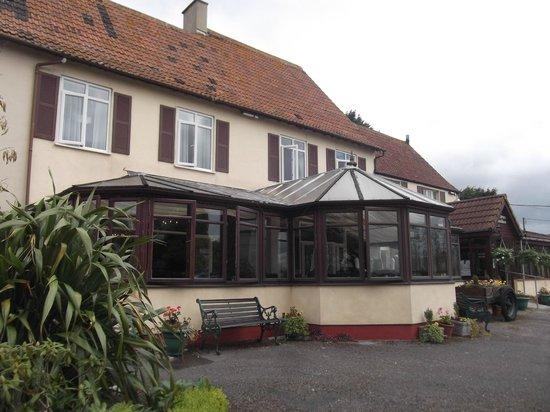 Battleborough Grange Country Hotel & Restaurant: hotel and wedding room/meal room extension
