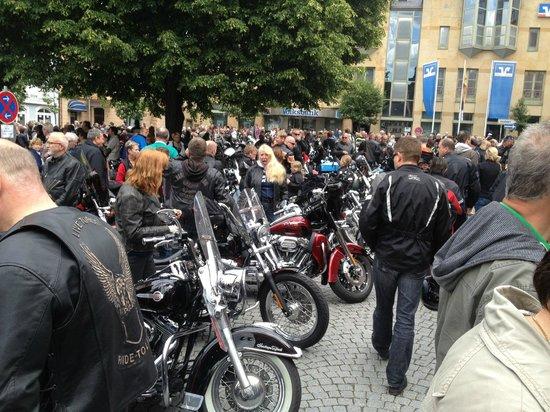 Boppard Hotel Ohm Patt: Magic Bike Rüdesheim Harley Festival - Bikers stop off in Boppard