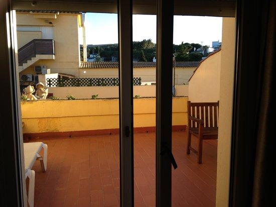 Hotel Figueres Parc: Terrace
