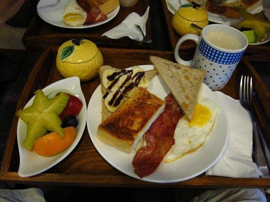 Hejia B&B: 好吃又豐盛的早餐。  超推~