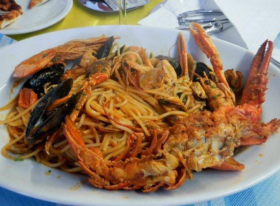 Jamel Spaghetteria Ristorante Caffetteria: Mixed Seafood Pasta