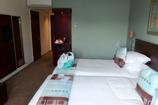 City Lodge Hotel Lynnwood: Comfortable room