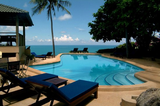 Samui Mountain Village: Pool with a view