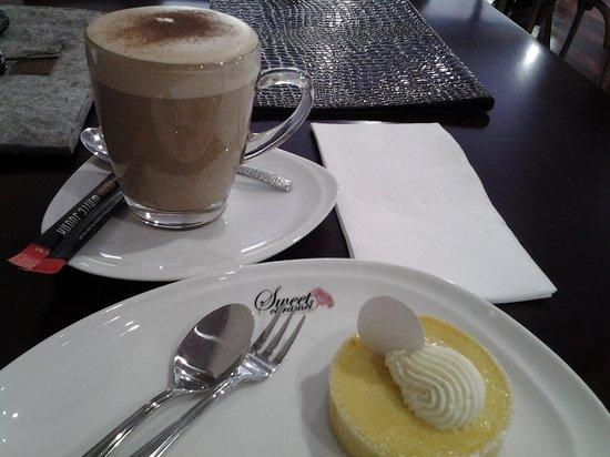 Sweet Caramel: chai & lemon tart