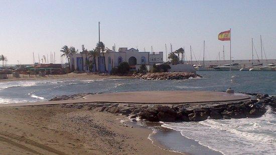 Paseo Marítimo: El Mediterráneo