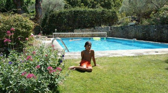 Le Mas des Anges : coté piscine