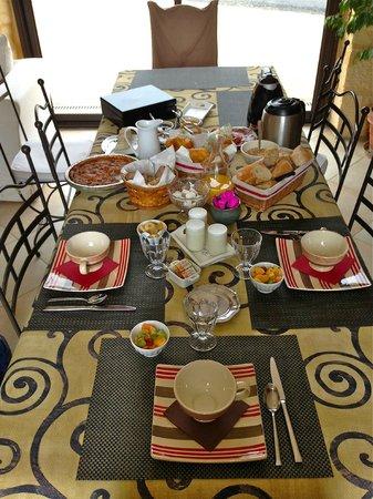Les Clauzels : El desayuno esperándonos