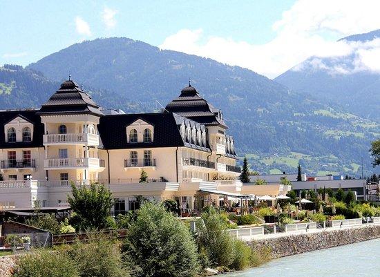 Grand Hotel Lienz : Aussen Ansicht