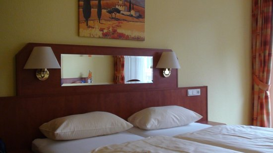 Altwernigeroeder Apparthotel: Room