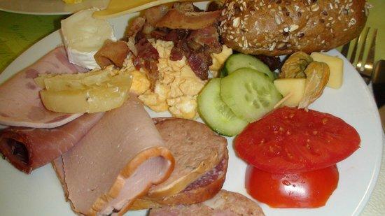 Altwernigeröder Apparthotel: Sample from breakfast