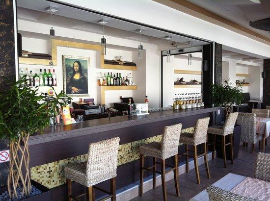 DaVinci's Restaurant: bar area