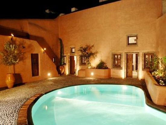 Villas and Mansions of Santorini: Pool View by Night