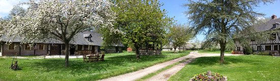 Equemauville, France: la ferme chevalier