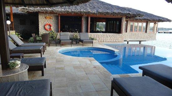 Colibri Guest House: Piscine