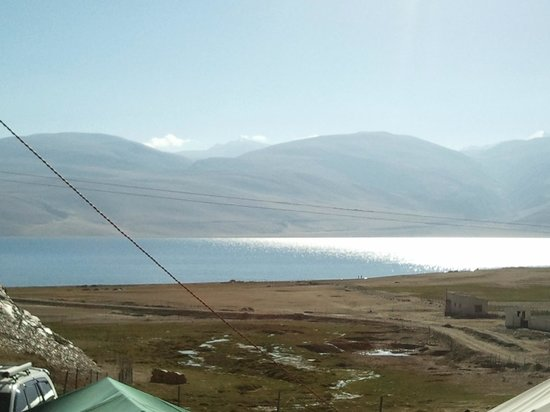 Tsomoriri Camp and Resort: View from tent