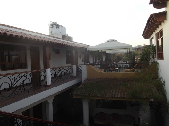 Hotel Oro Viejo: Extérieur