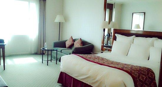 JW Marriott Hotel Dubai: deluxe room city view