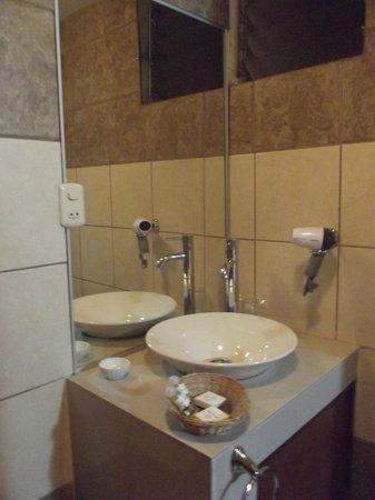 Hotel Maison du Soleil : Salle d'eau