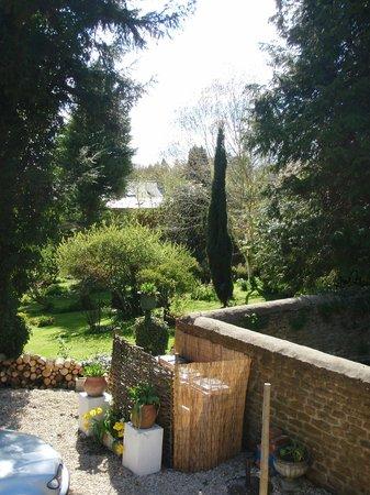 Old Toms B&B: FANTASTIC garden