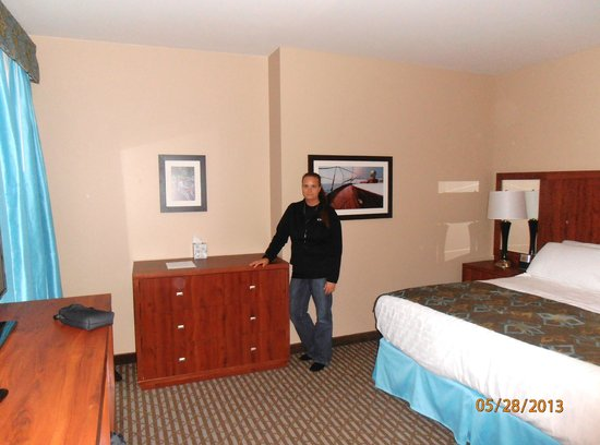 Bicycle Street Inn & Suites and Waterfront Collection : Inside the room - very spacious!